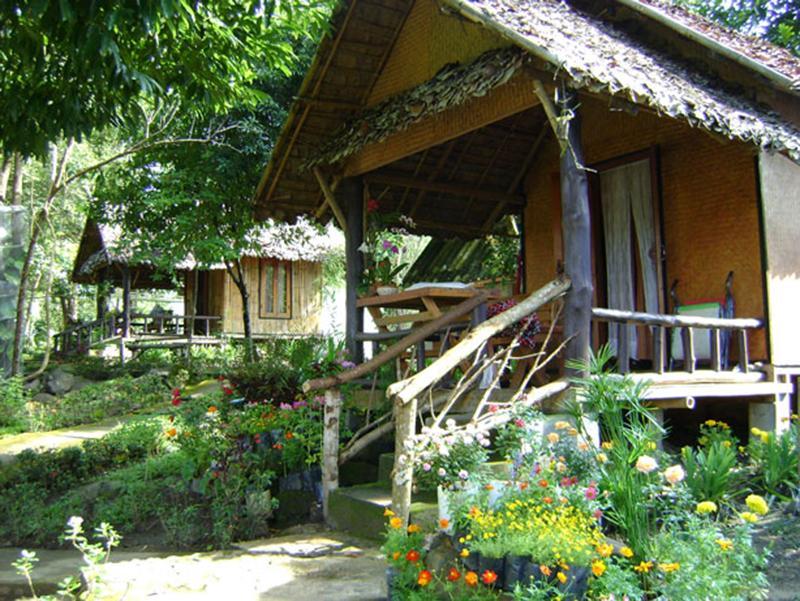 บ้านน้ำฮู โฮมสเตย์ (Ban Numhoo Homestay)